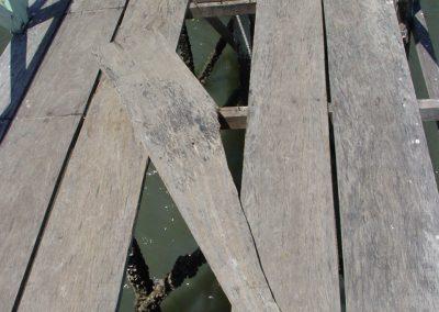 2. A hole in the bridge